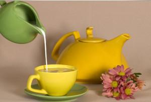 Вкусный и полезный чай с молоком
