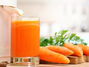 Громадная польза морковного сока