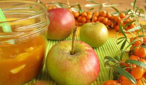 рецепт компота из облепихи и яблок