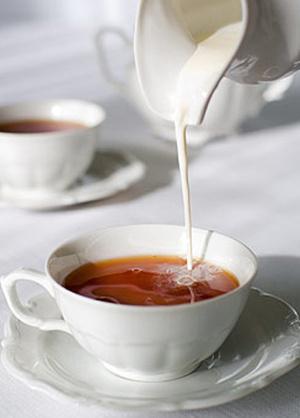 Не даром чай с молоком столько времени популярен